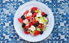 Ensalada griega, receta tradicional fácil de preparar