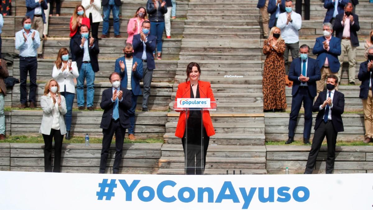 La presidenta de la Comunidad de Madrid y candidata a la reelección, Isabel Díaz Ayuso, durante la presentación de la candidatura del Partido Popular de Madrid para las elecciones a la Asamblea de Madrid. (Foto: Efe)