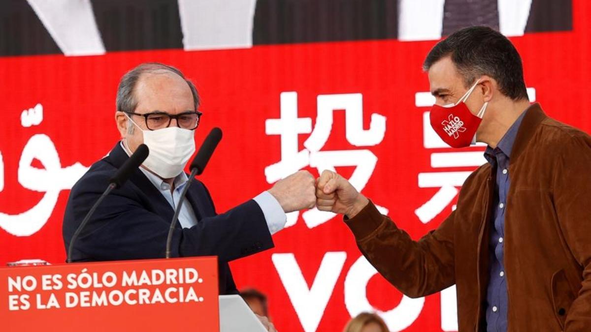 Ángel Gabilondo y Pedro Sánchez.